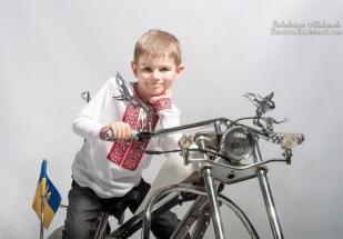мотоцикліст в фтоостудії