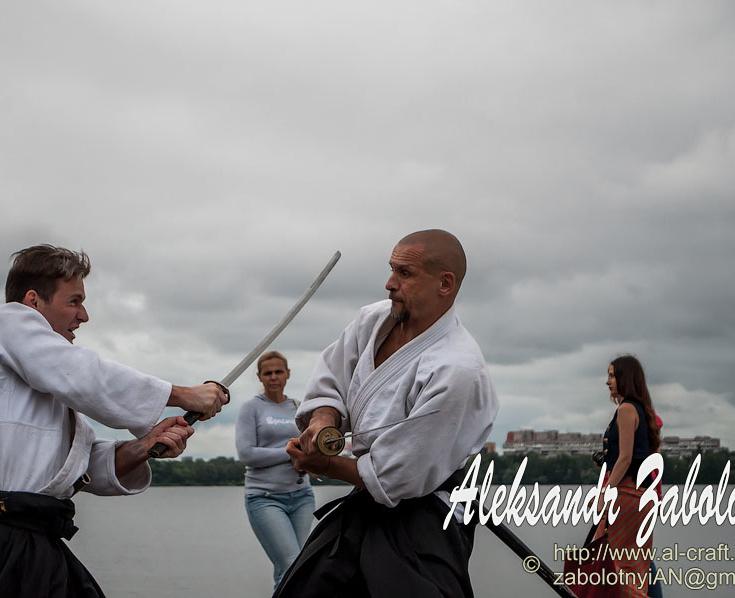 репортажна фотографія бій самураїв на мечах, reportge