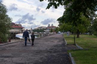 вдоль-набережной-Днепра